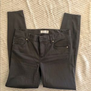 LOFT soft and stretchy leggings size 4
